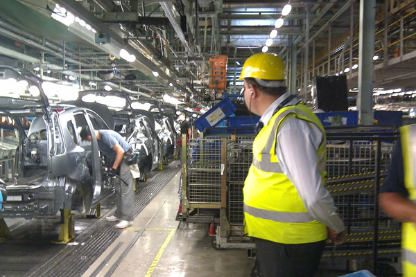 Visual Management in the Automotive Industry